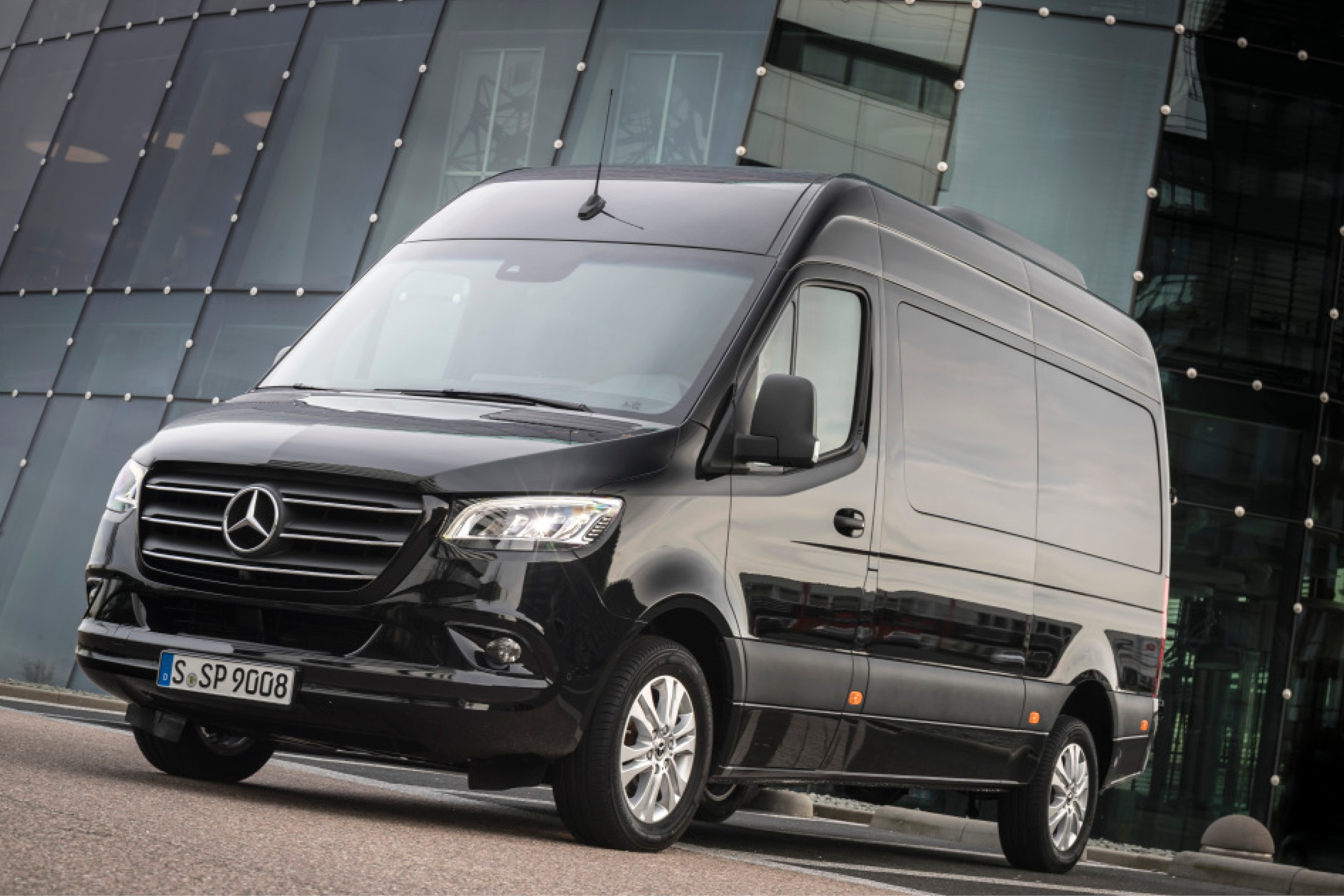 Mercedes Maybach GLS 600 Max Schultz Fond Interieur