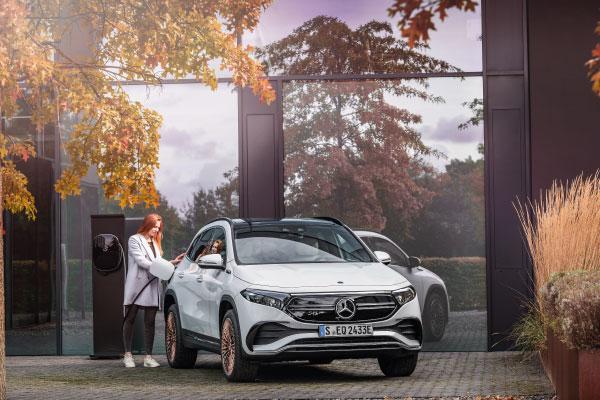 Max Schultz Automobile Mercedes Benz EQA Laedevorgang