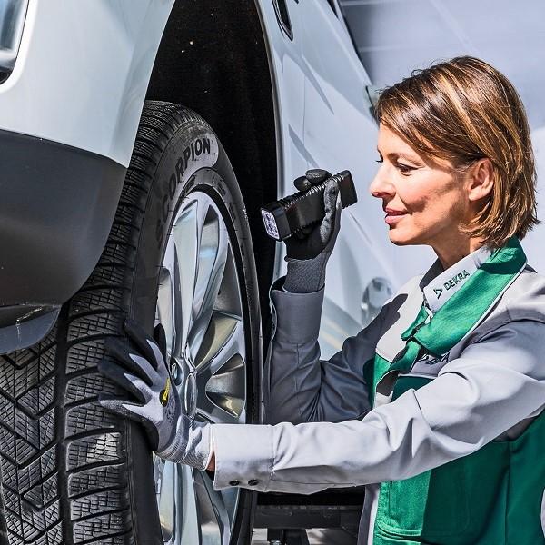 Max Schultz Automobile Service Hauptuntersuchung DEKRA Reifen